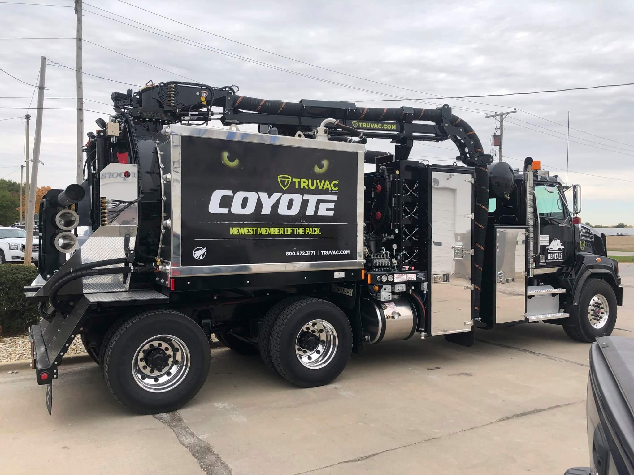 Coyote-02